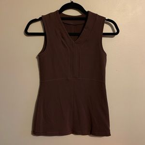 Lululemon neutral sleeveless V neck